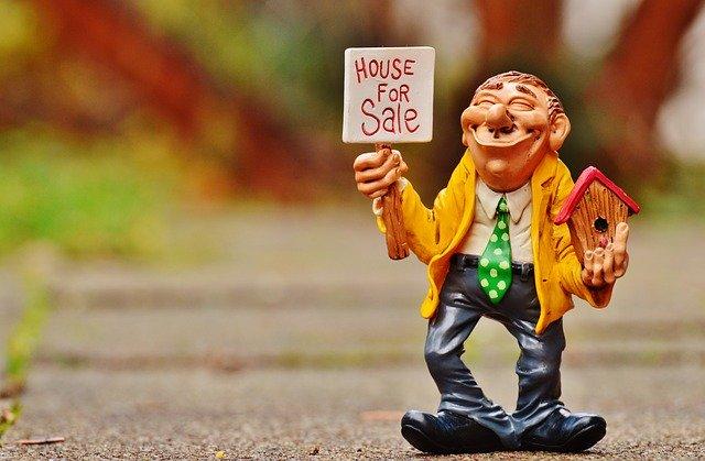 Should I Become a Real Estate Agent?
